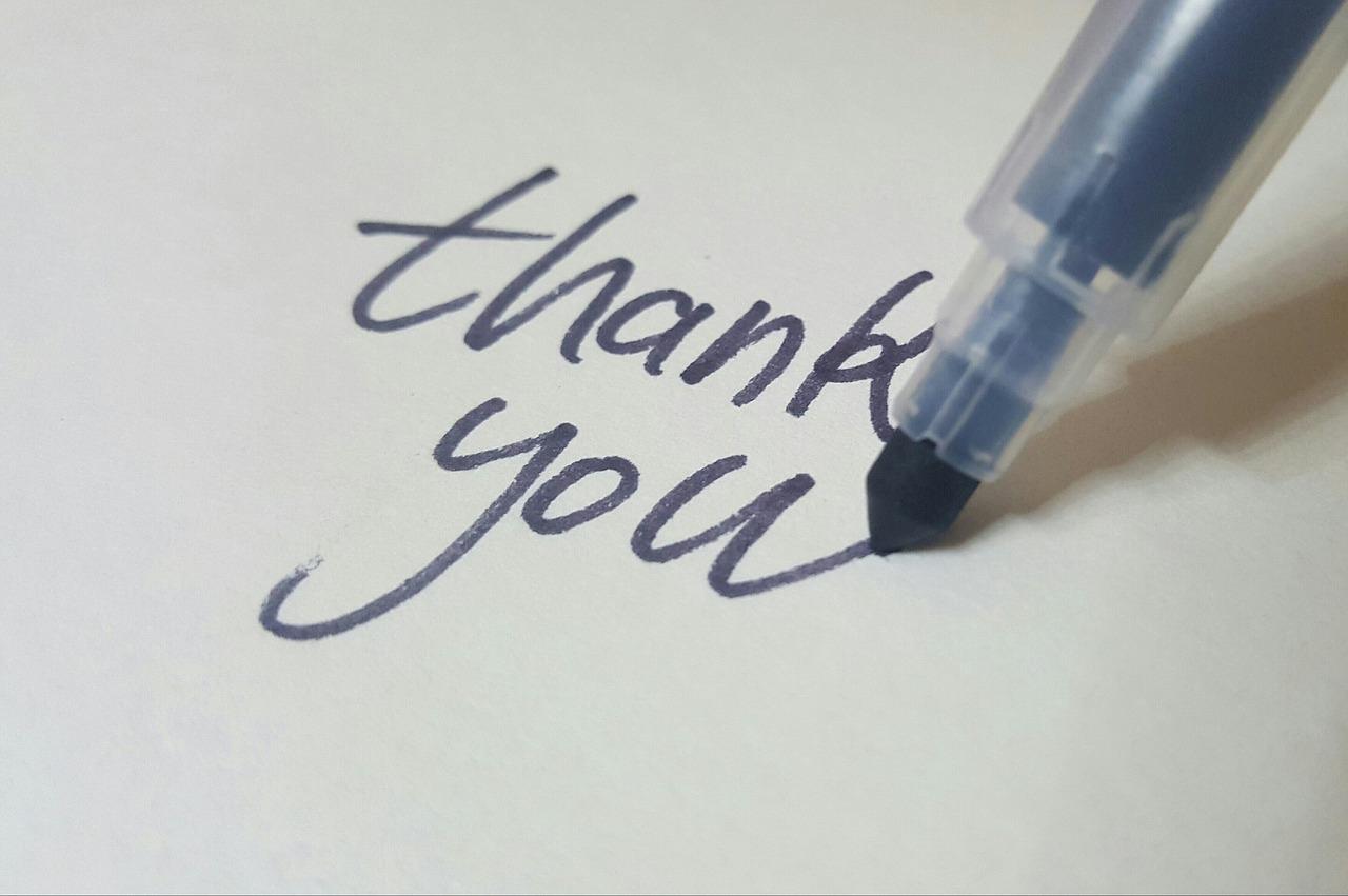 """人生を変える一言は、『すいません』ではなく、""""ありがとう。"""