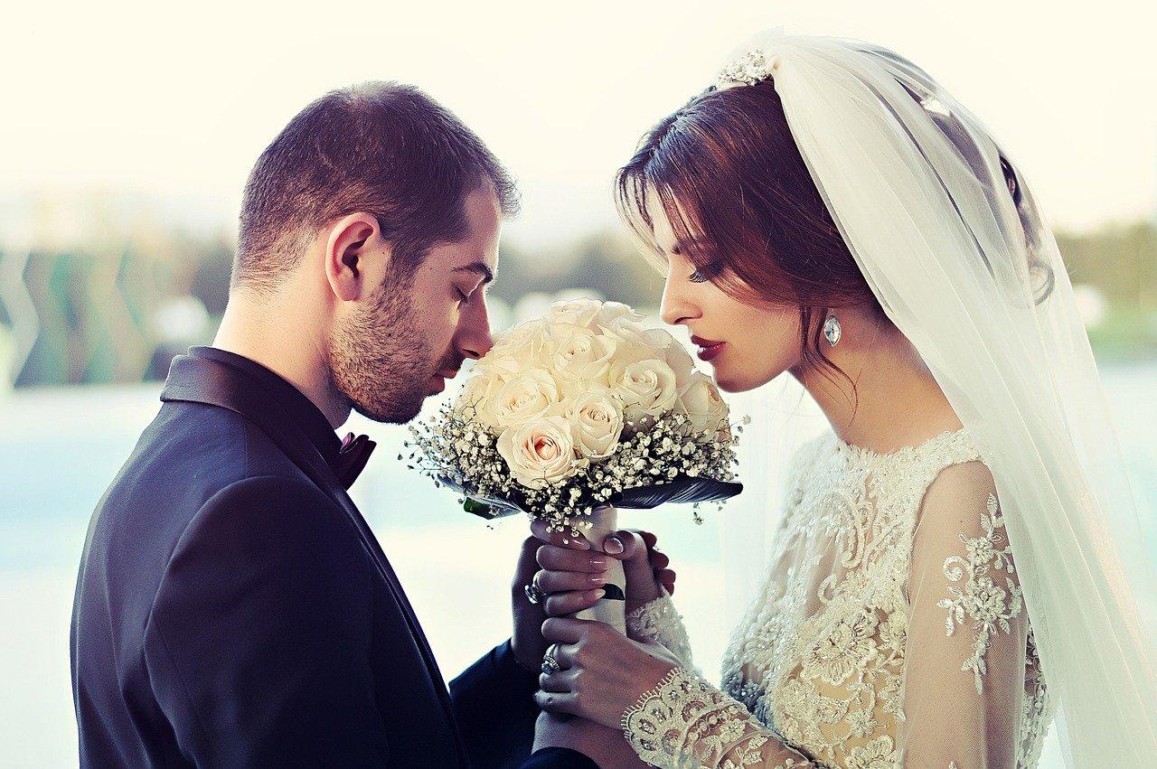 現役トップ営業マンが「結婚を決めた」恋愛の本音とは⁉