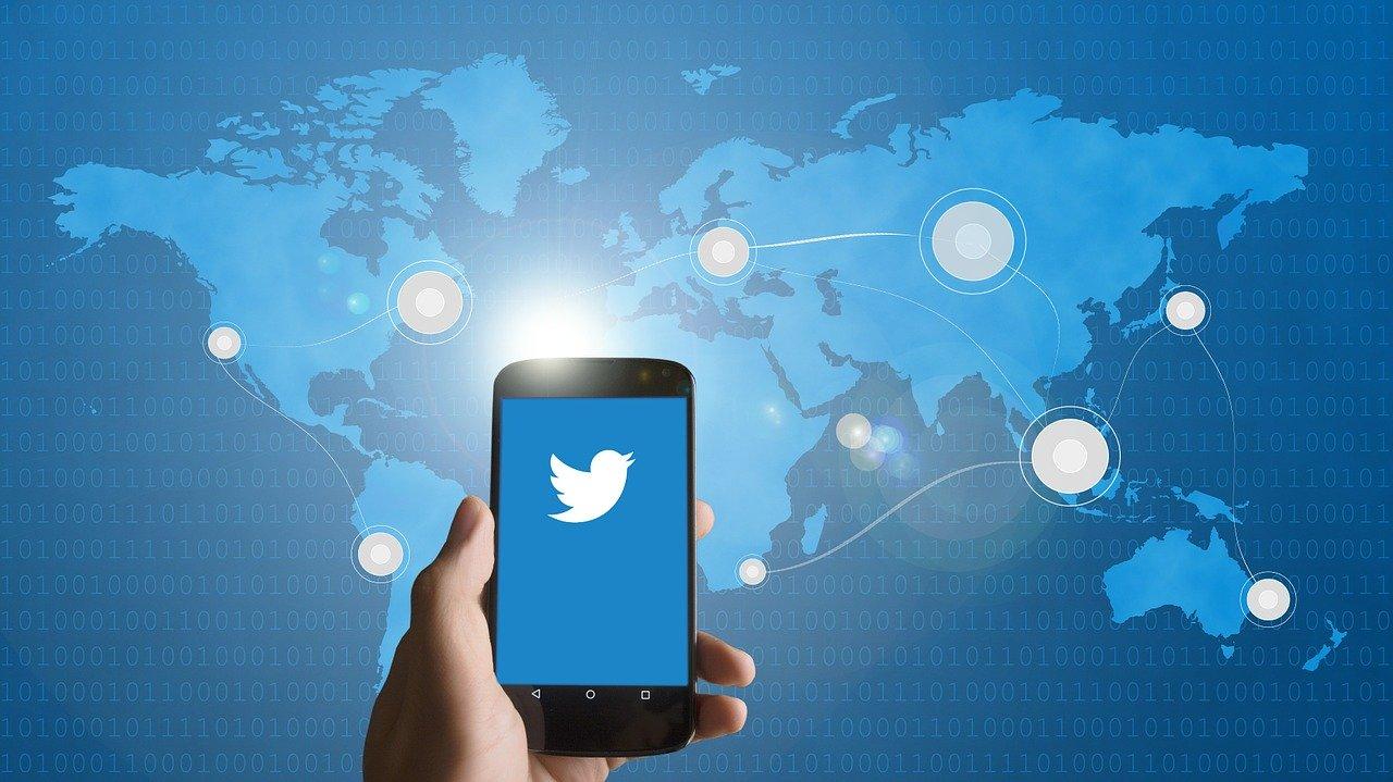 【ツイッター攻略】たった3ヵ月で1万人の集客に成功したコツ